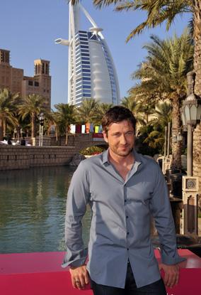 Джерард Батлер находится в Дубае сегодня