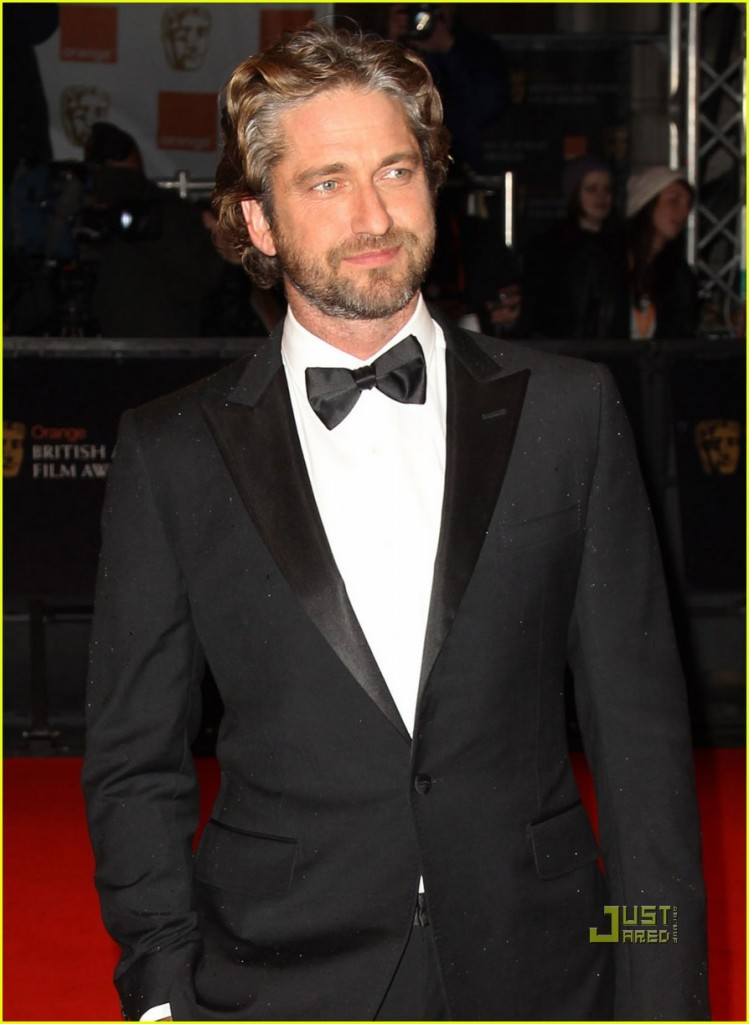 gerard-butler-baftas-red-carpet-04